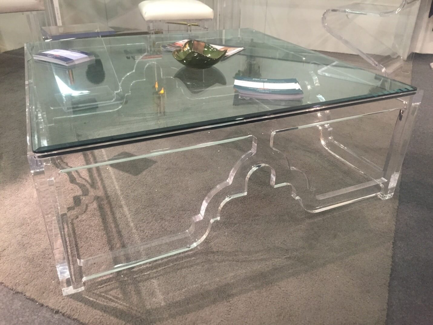 Merlots Top From The Architectural Digest Home Design Show In - Plexi craft coffee table
